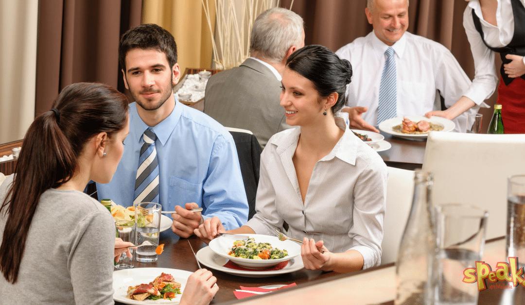 Így törd meg a kínos csendet egy üzleti ebéden angolul