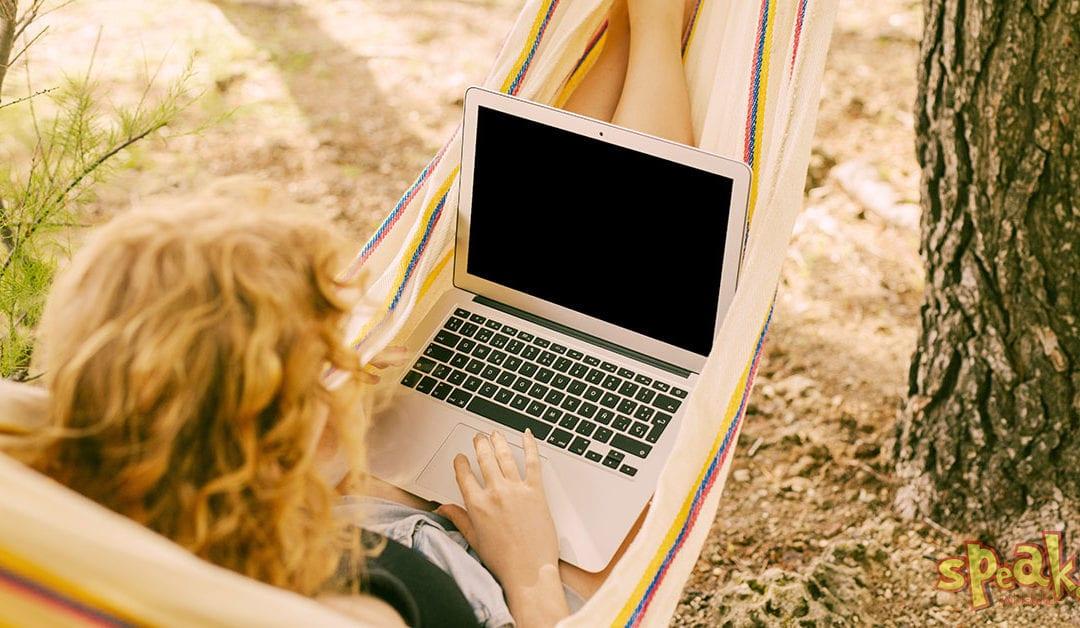 Az élet nem állhat meg: az online angol tanfolyam hasznos és modern alternatíva [Interjú Orsival]